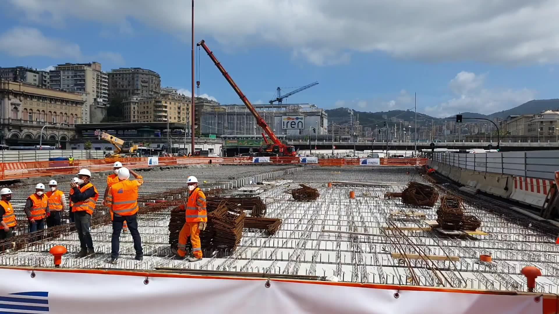 """Cantiere del Bisagno, posata l'ultima trave: """"Da giugno viabilità ripristinata a Brignole"""""""