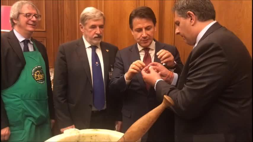 Inizia alla Camera il percorso di riconoscimento del pesto come bene culturale Unesco