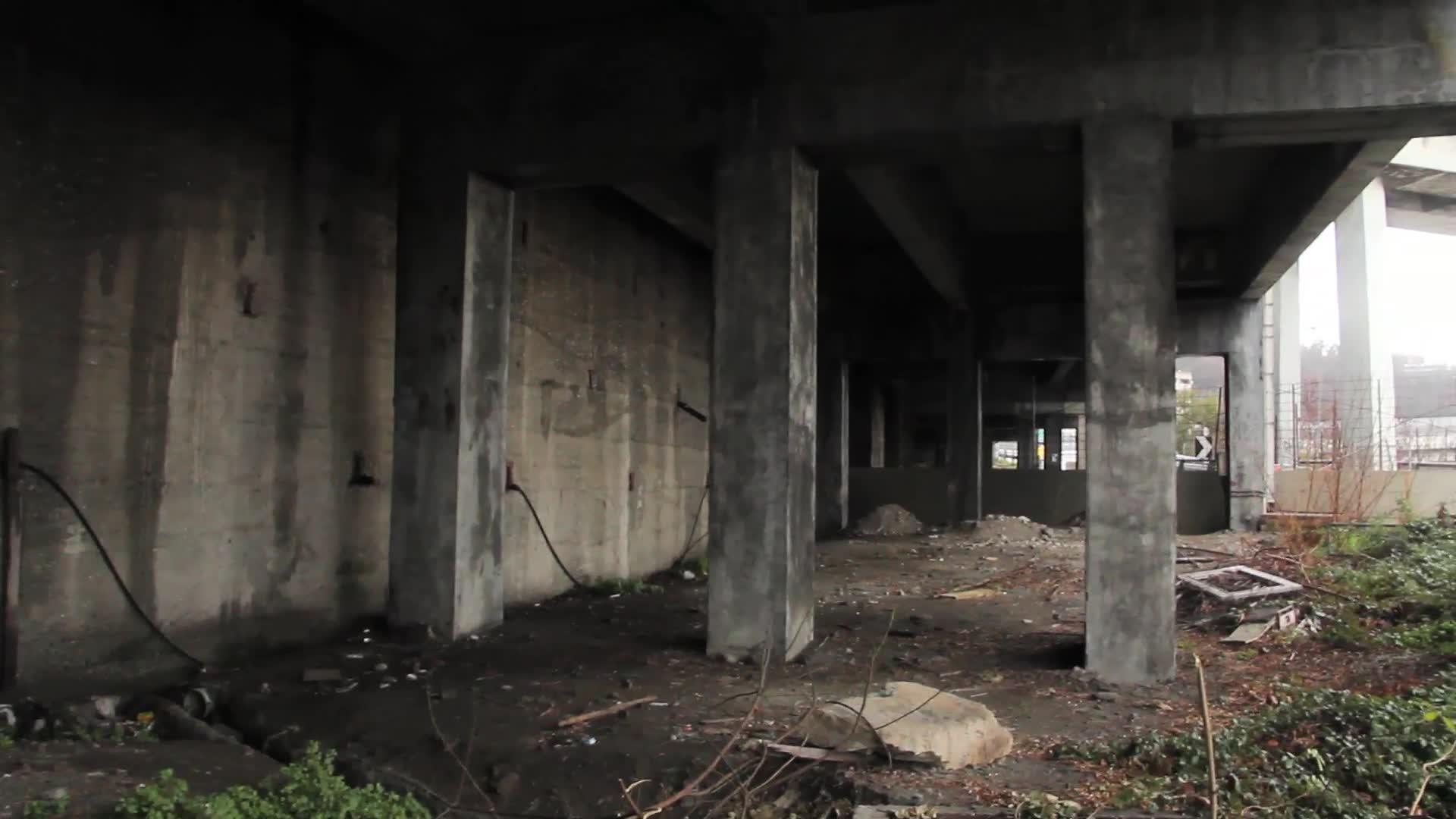 Sotto il viadotto 'Sei Luci'