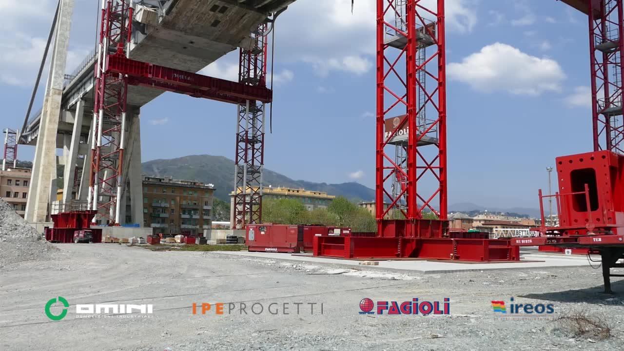 Ponte Morandi, le operazioni di stabilizzazione a Levante