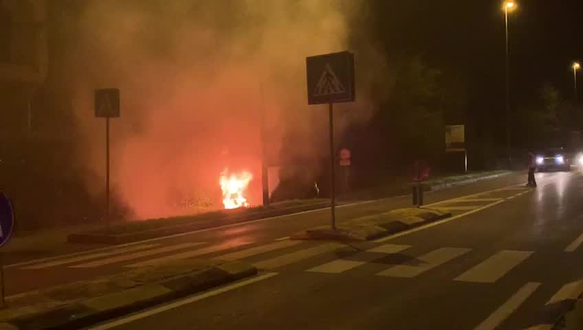 Video: Auto in fiamme a Gallarate
