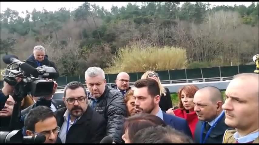 """Viadotto di Madonna del Monte, il ministro De Micheli: """"Rischio imprevedibile"""""""
