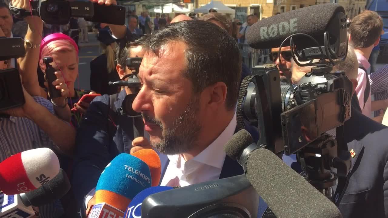 Salvini a Genova per la consegna al Comune di 44 appartamenti confiscati alla mafia