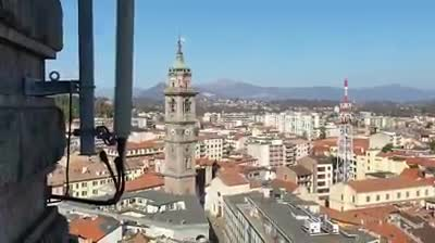 Video: La vista panoramica dalla Torre Civica