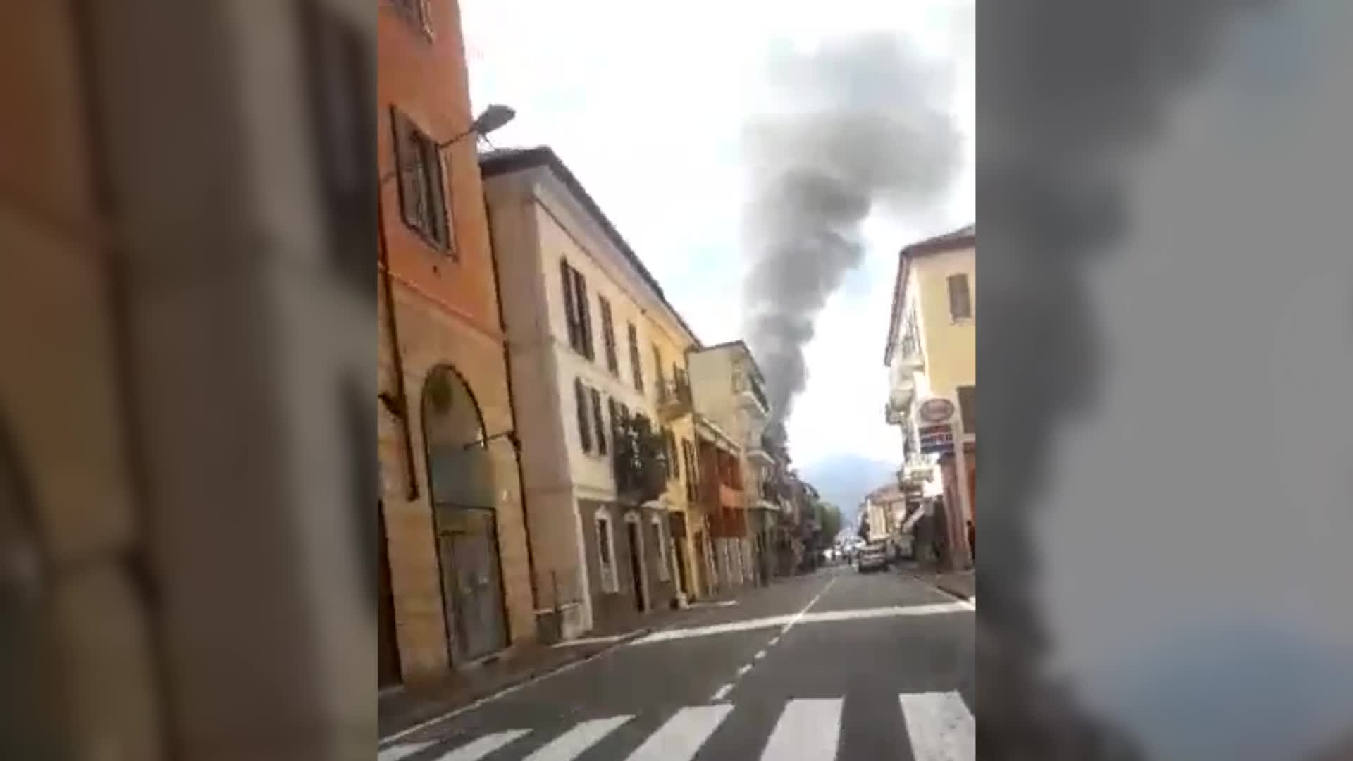 Video: Brucia la Gioeubia di Cavaria