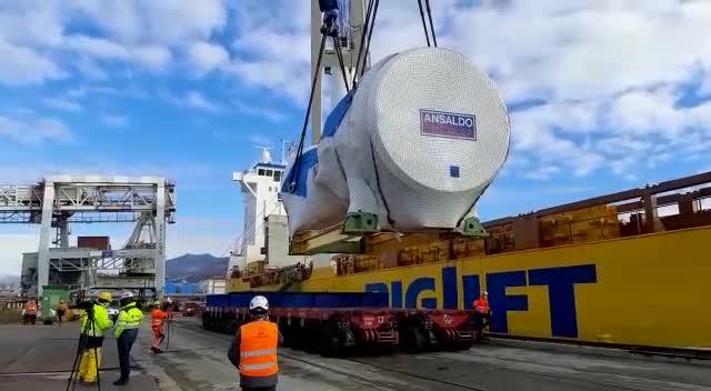Dallo stabilimento di Ansaldo parte la turbina dei record