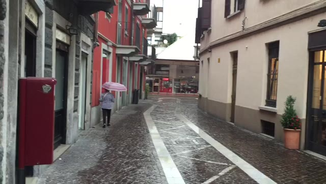 Video: Rapina in centro a Gallarate