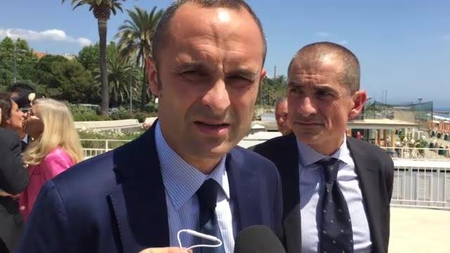 Video: Il ministro Costa a Savona e Spotorno