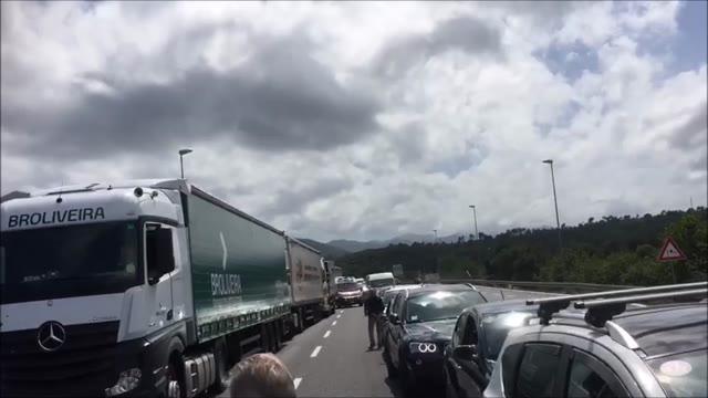Video: Tamponamento in A10, traffico in tilt tra Albenga e Borghetto