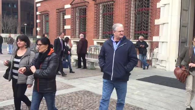 Video: Giada Molinaro, i genitori abbracciano i compagni di classe