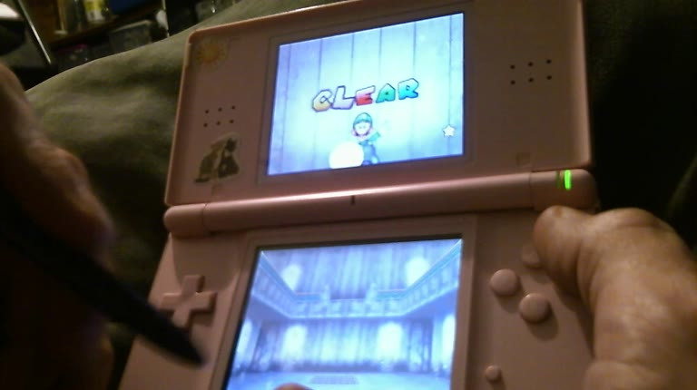 Nintendo DS - Super Mario 64 DS - Yoshi - Hide and Boo Seek - 7 - Roger 111