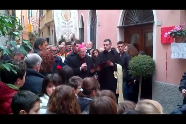 Pietra, targa per Mons. Palmarini: il ricordo del vescovo Oliveri