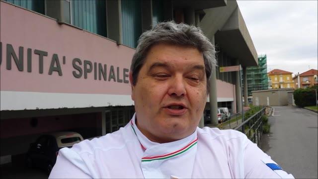 Video: La Federazione Italiana Cuochi dona un proiettore all'USU del Santa Corona