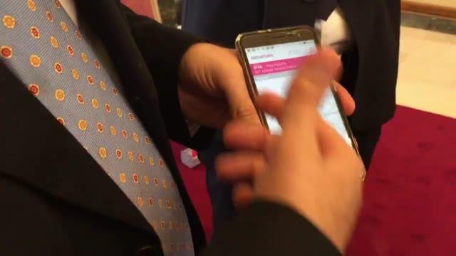Video: Come funziona Easypark, l'app per pagare il parcheggio col cellulare
