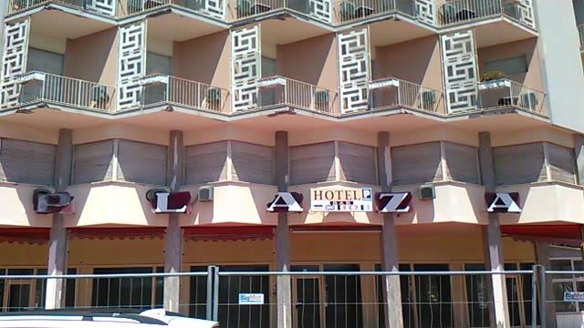 Varigotti: il destino del Plaza, l'hotel abbandonato