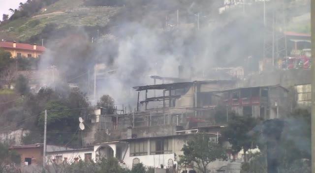 L'incendio di Vallecrosia nel video del nostro lettore Matteo
