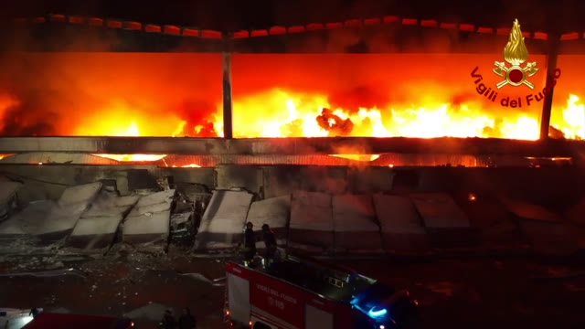 Video: Incendio a Quarto Oggiaro