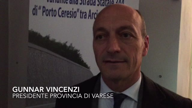 Video: Vincenzi e Maroni all'apertura della Arcisate-Bisuschio