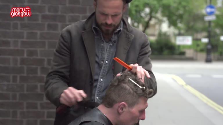 Hairdresser to the Homeless screenshot