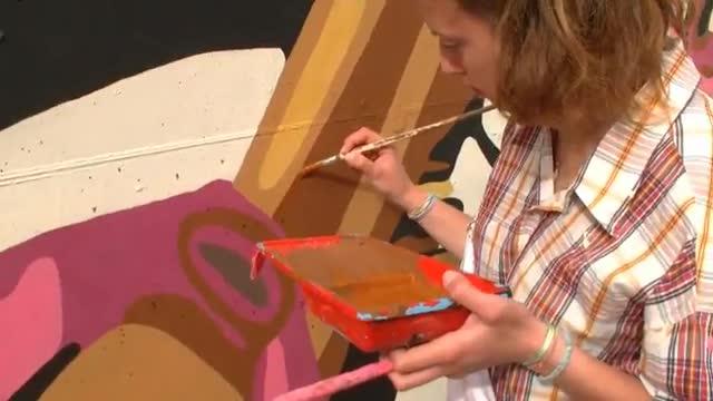 Quasi pronto ad Albenga il murales sul Giro, le voci dei protagonisti