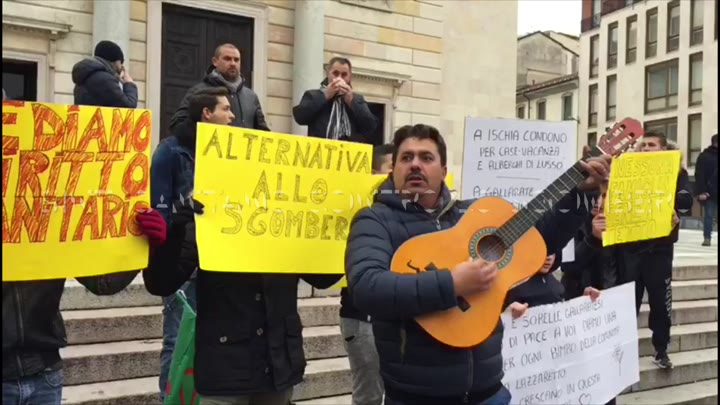 Video: I Sinti di Gallarate cantano contro lo sgombero
