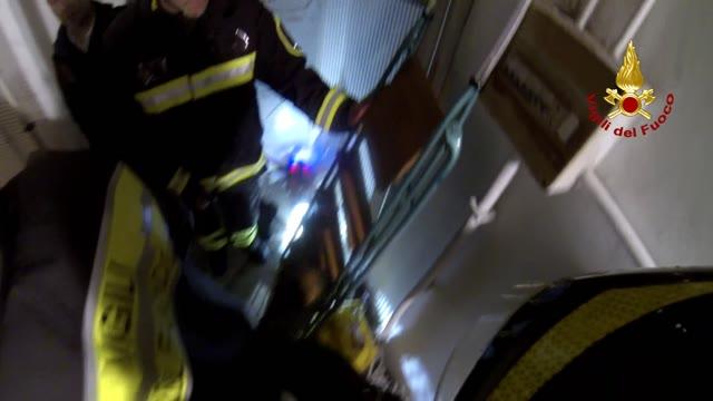 L'impegno dei vigili del fuoco durante l'allerta