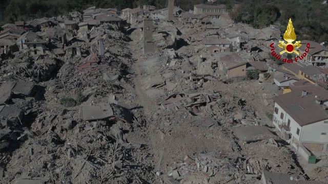 Video: Nuovi crolli ad amatrice