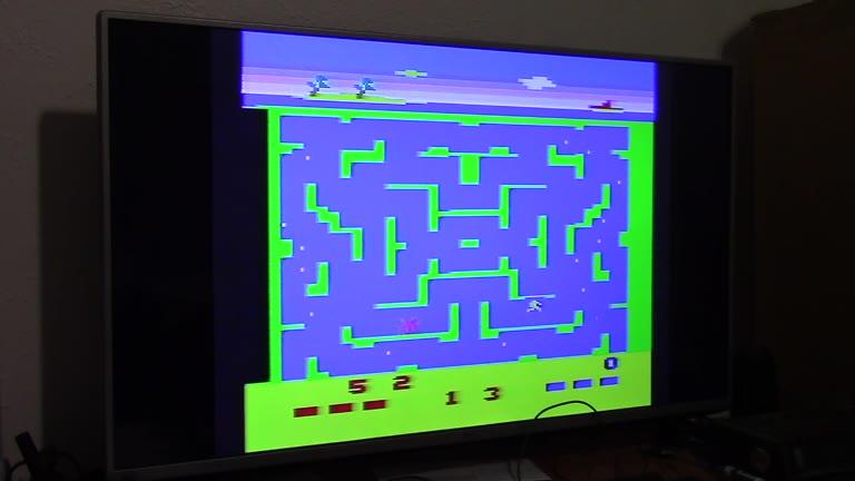 Atari 2600 / VCS - Shark Attack / Lochjaw - NTSC - Game 1, Difficulty B - 119 - John McAllister