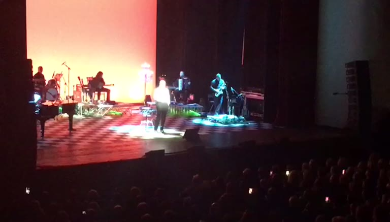 Video: Massimo Ranieri in concerto al Teatro Apollonio