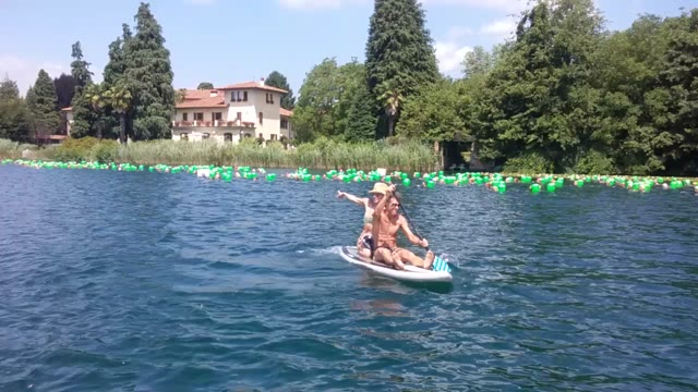 Video: Il sole bacia la tappa di Monate dell'Italian Open Water Tour Challenge