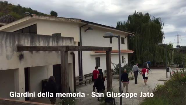 Video: Con Coop Lombardia nel giardino della memoria di San Guseppe Iato