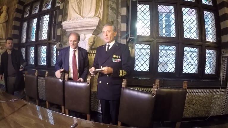 Signorini ufficialmente al timone della nuova Autorità Portuale