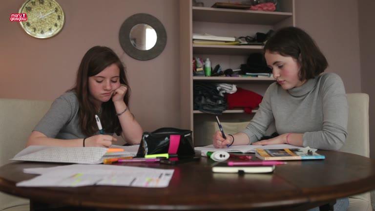 Les devoirs screenshot
