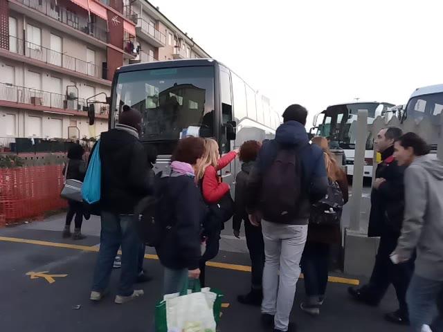 Niente treni per un mese, a ponente si viaggia in bus