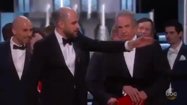 Video: Notte degli Oscar, l'errore per il miglior film