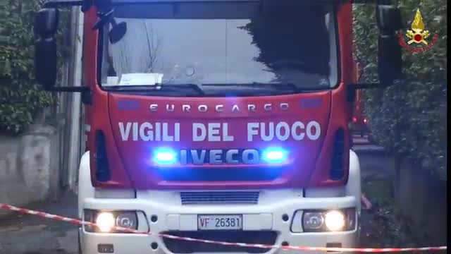 Video: Brucia il tetto di una villa Liberty a Sacro Monte