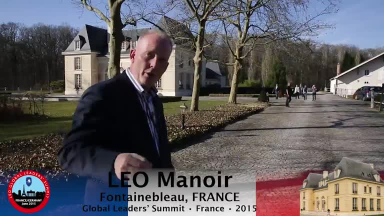 Walk to the LEO Manoir with Dan Andersson!
