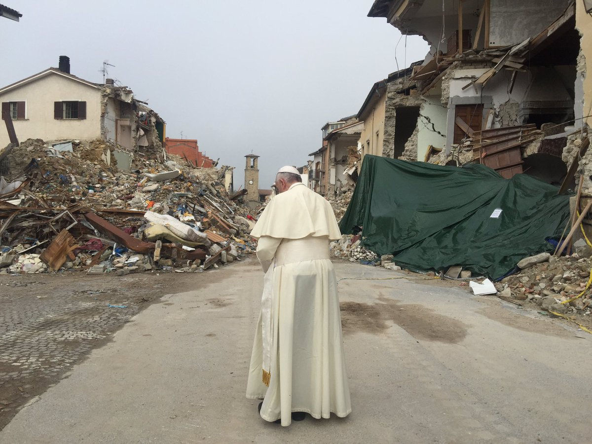 Video: Papa Francesco ad Amatrice