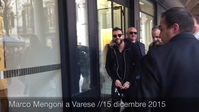 Video: Marco Mengoni alla Casa del Disco