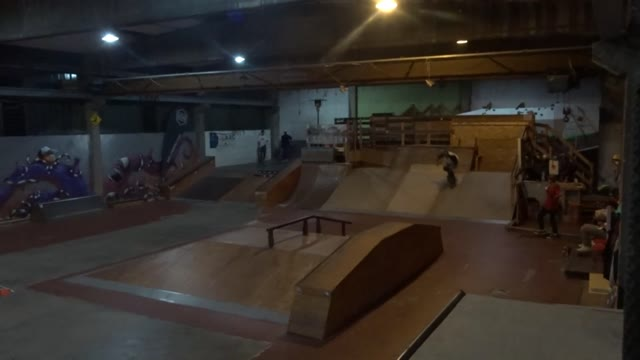 Video: Bruno Taioli, il pastore skater