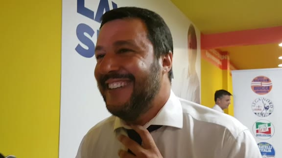 Salvini a Genova per festeggiare la vittoria di Marco Bucci