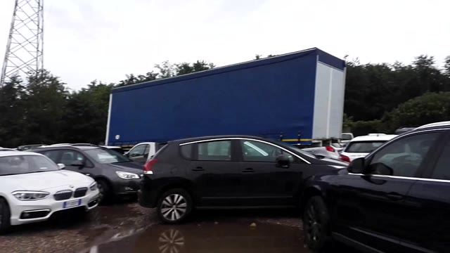 Video: New parking Malpensa, il disagio di chi deve recuperare l'auto