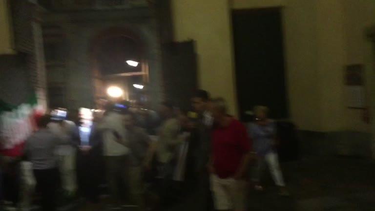"""Genova """"espugnata"""": Bucci sindaco varca Palazzo Tursi"""