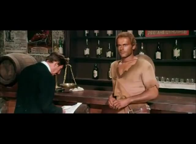 Video: La partita a poker di Terence Hill