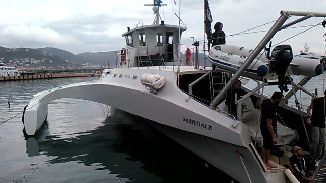 Sea Shephered è arrivata nel porto di Loano