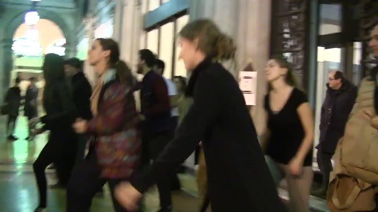 Video: Genova, 24 ore di sciopero degli autobus Amt e Atp