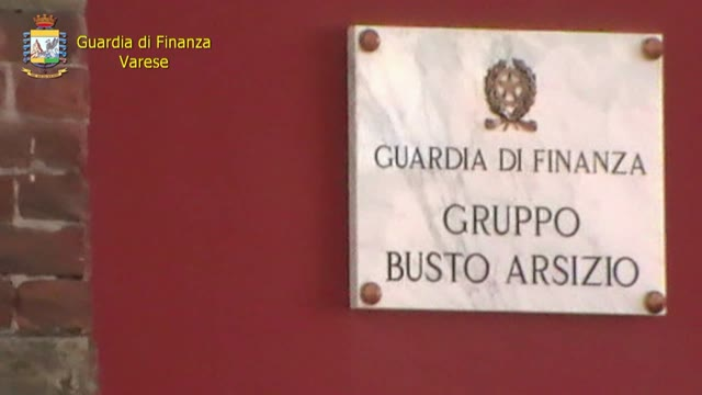 Video: Gdf Varese: smascherato un falso appartenente al corpo