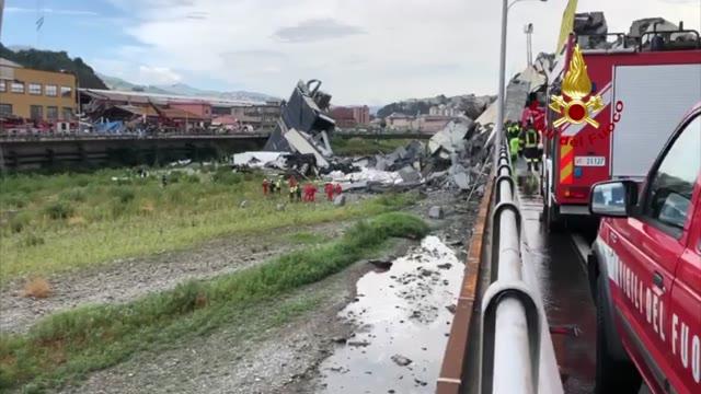 Video: Il drone dei Vigili del fuoco sopra il ponte Morandi crollato